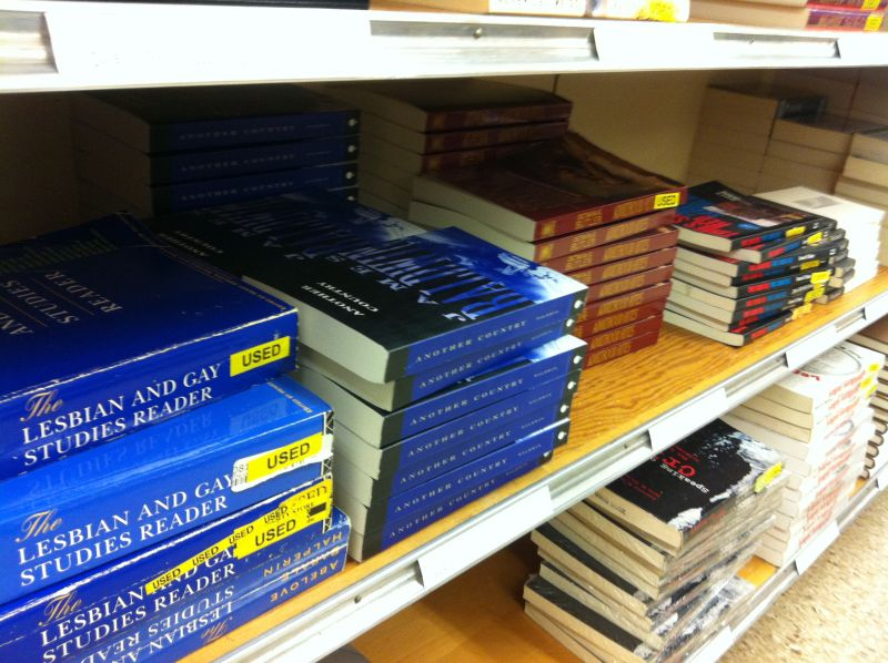 books_466 lgbt
